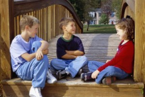 children-talking-e1363356311638